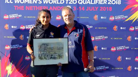 UAE Player recieves the Best catch award from Mr Eric Van during the presentation ceremony, Final, ICC Women's World Twenty20 Qualifier at Utrecht, Jul 14th 2018.