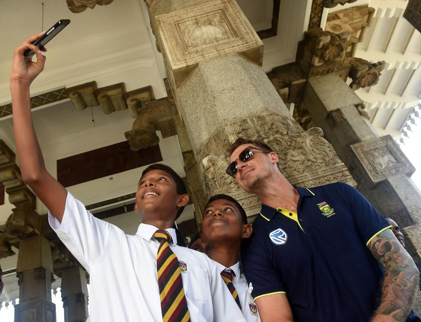 Dale Steyn poses for selfie with schoolboys at the Independence Memorial Hall, Colombo