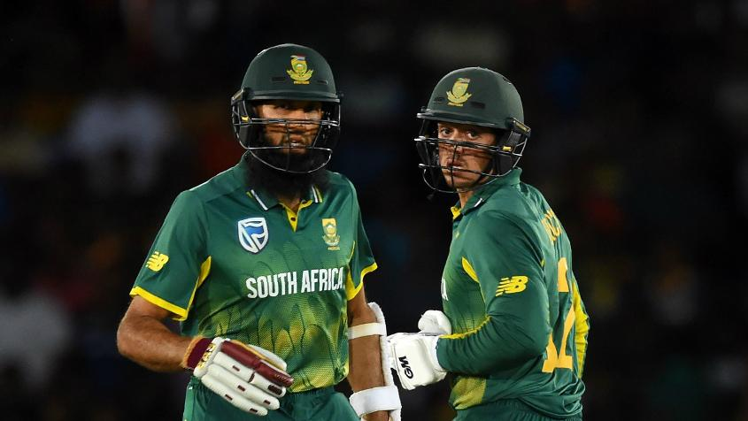 Quinton de Kock and Hashim Amla added 91 runs for the first wicket