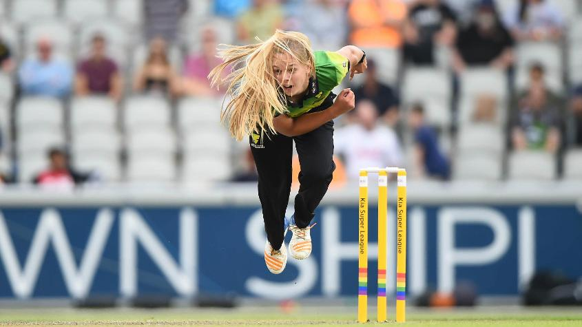 Claire Nicholas led the Storm bowling effort with 3/11