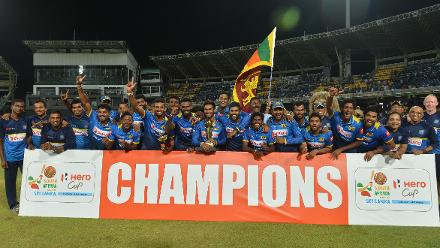 Sri Lanka win low-scoring thriller