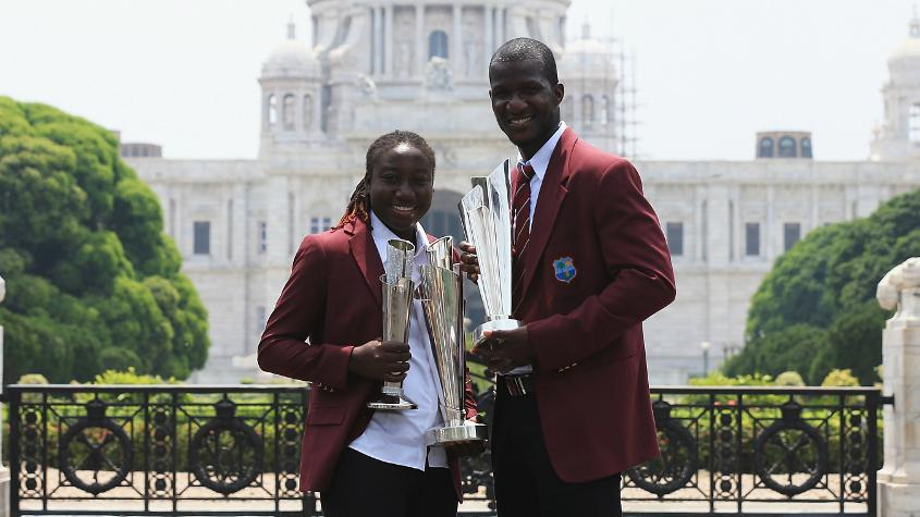 Sammy with Stafanie Taylor after Windies won the men's and women' World T20s in 2016