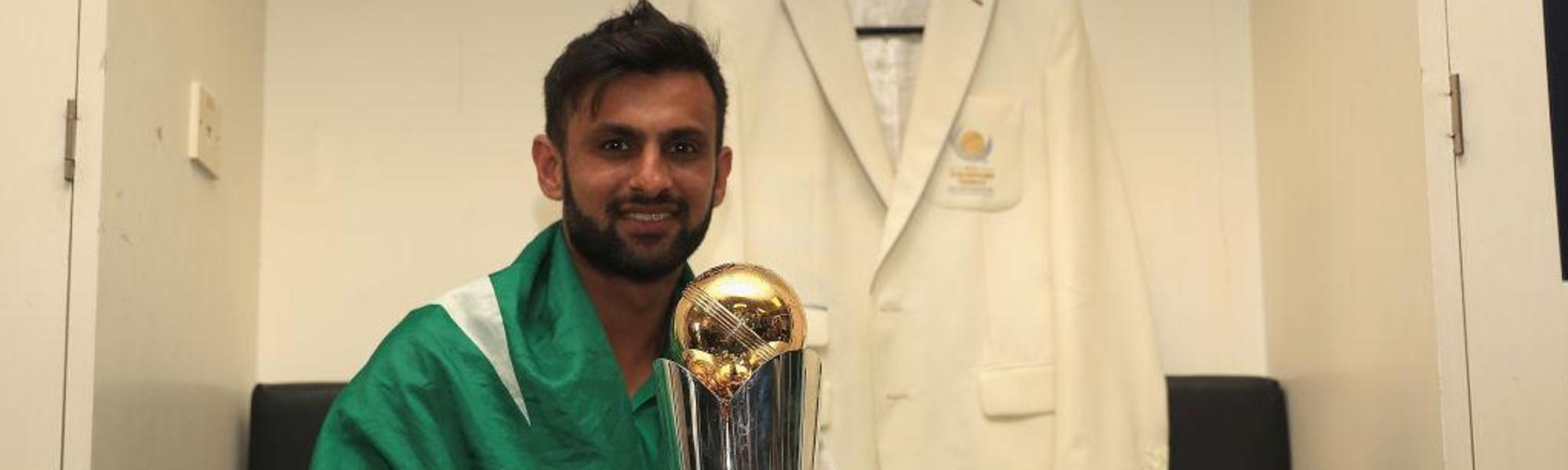 Malik with the Champions Trophy in 2017