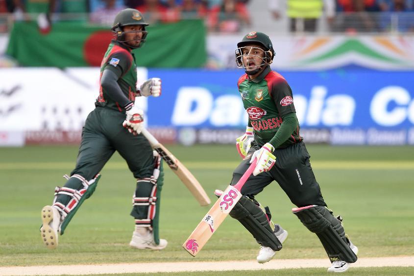 Mohammad Mithun and Mushfiqur Rahim shared a vital third-wicket century stand