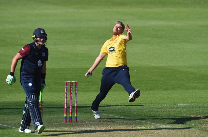 Olly Stone in action for Warwickshire