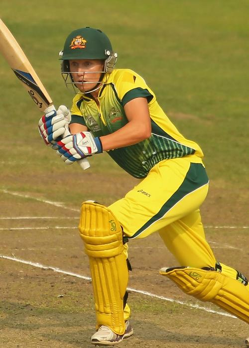 37 – Boundaries hit by Alyssa Healy