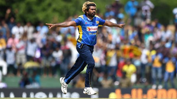 Malinga urges bowlers to think on their feet