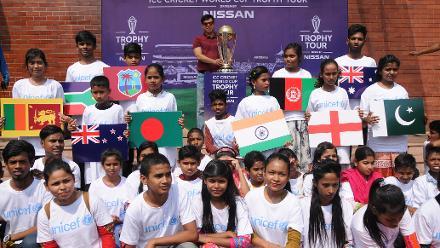 UNICEF Kids with Former Bangladesh skipper Minhajul Abedin Nannu