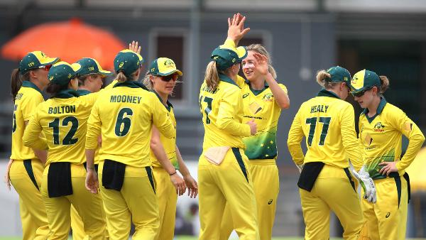 Australia move to top after 3-0 series win over Pakistan