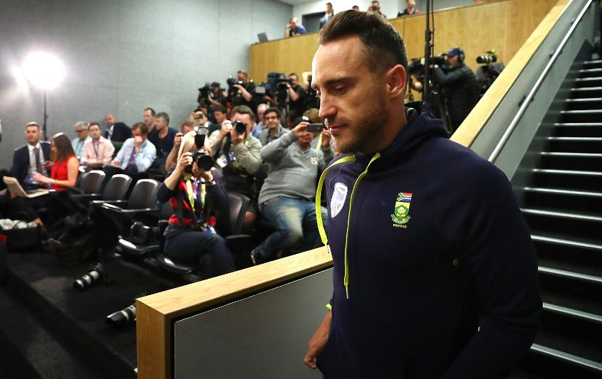 Faf du Plessis found himself in the media glare on South Africa's previous tour of Australia
