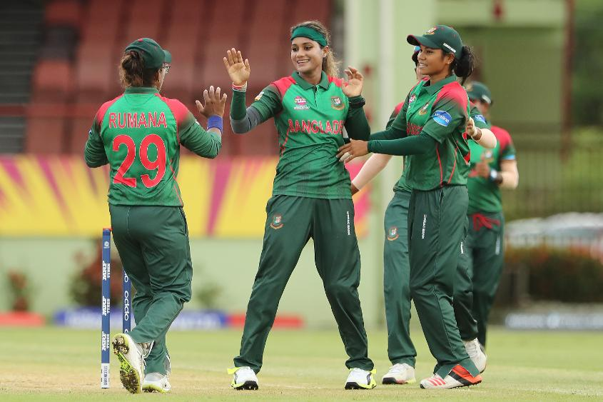 Jahanara Alam (C) of Bangladesh celebrates with teammates Rumana Ahmed (L) and Sanjida Islam (R) during the ICC Women's World T20 warm up match between Bangladesh and Ireland on November 4, 2018 at the Guyana National Stadium in Providence, Guyana.