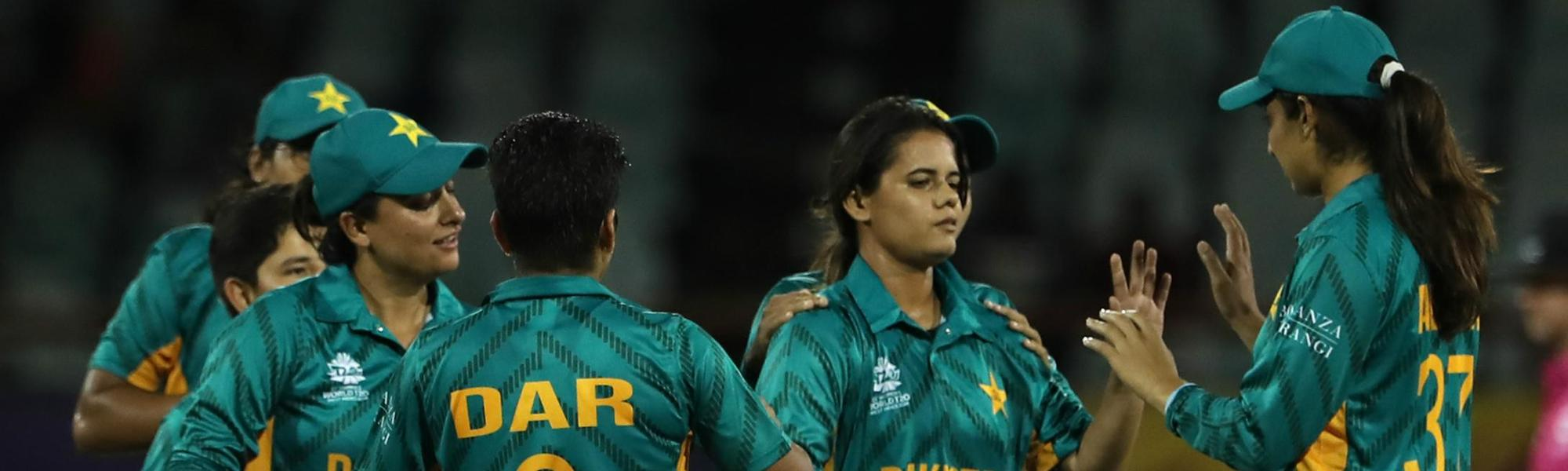 Pak Women