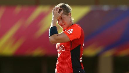 WT20 2018: 'It didn't look great' – Mark Robinson on Katherine Brunt injury