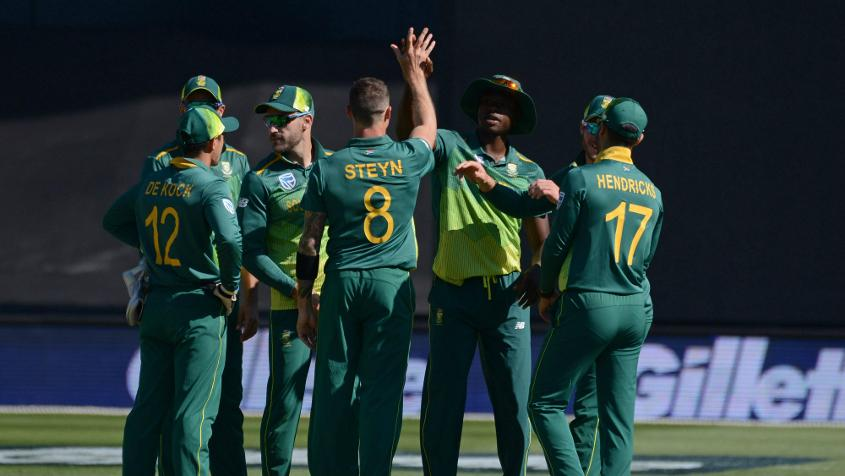 Steyn returned economical figures of two for 31 from 10 overs