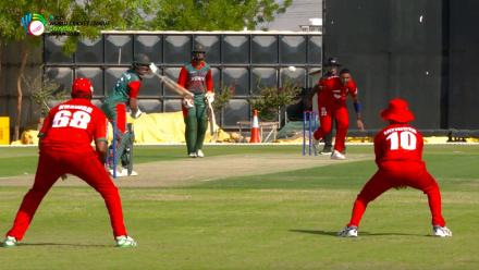 WCL Div 3 – Sharp catching by Oman against Kenya