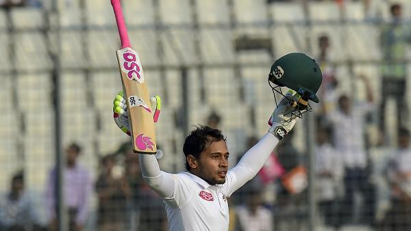 Record-breaking Mushfiqur powers Bangladesh to mammoth total