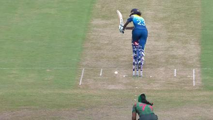 SL v BAN: Jahanara Alam bowls Yashoda Mendis first ball