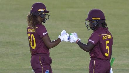 WI v SL: Windies book a spot in the semi-final with a comprehensive win