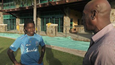 WT20: Sir Viv Richards meets Deandra Dottin