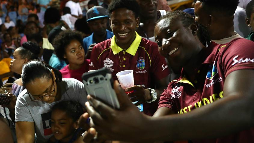 'I'm sure players are elated to see that amount of people to come to support women's cricket' – Taylor