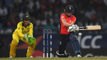 Heather Knight of England bats during the ICC Women's World T20 2018 Final between Australia and England at Sir Vivian Richards Cricket Ground on November 24, 2018 in Antigua, Antigua and Barbuda.