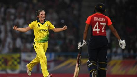 Georgia Wareham of Australia celebrates after dismissing Sophia Dunkley of England during the ICC Women's World T20 2018 Final between Australia and England at Sir Vivian Richards Cricket Ground on November 24, 2018 in Antigua, Antigua and Barbuda.