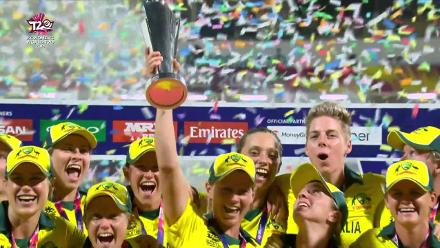 AUS v ENG: Australia lift the trophy