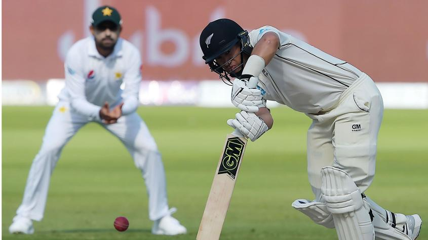 Ross Taylor scored a fine 82 to lead New Zealand's valiant resistance