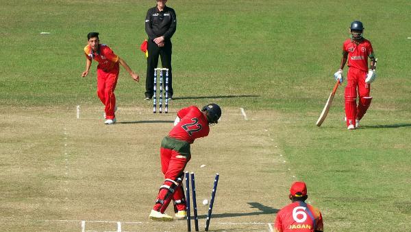 Hong Kong's Kalhan Challu and Bahrain's Sajjad Khan take the honours on opening day