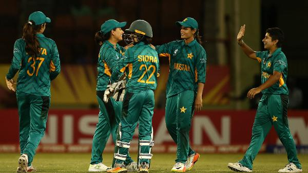 Sana Mir calls for women's PSL