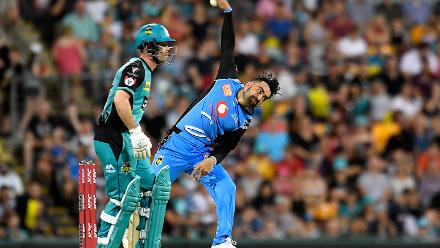 Rashid Khan picked up right where he left off last season, returning 3/19 with the ball