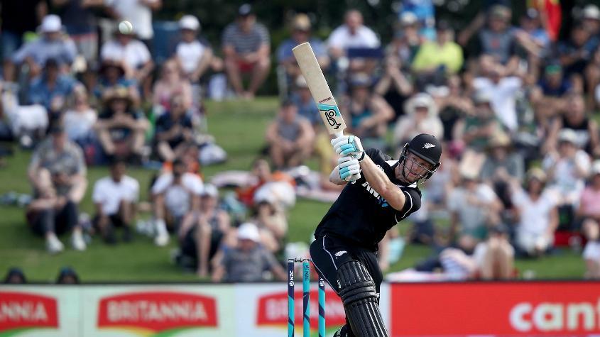 Neesham hit 34 runs off one over from Thisara Perera