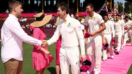 It's all pink and rosy at the SCG!