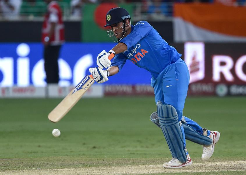 MS Dhoni remains first choice in ODI cricket for India