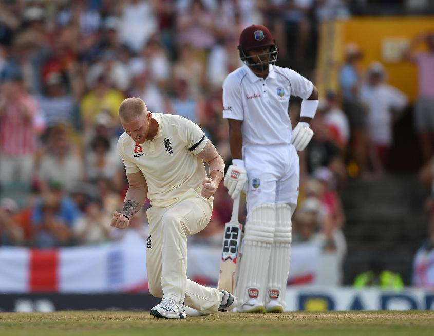 Stokes claimed three key wickets