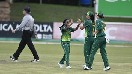 South Africa Women celebrate a wicket