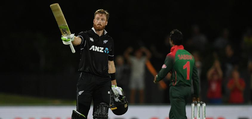 Martin Guptill ended a lean patch with his 15th one-day hundred in Napier