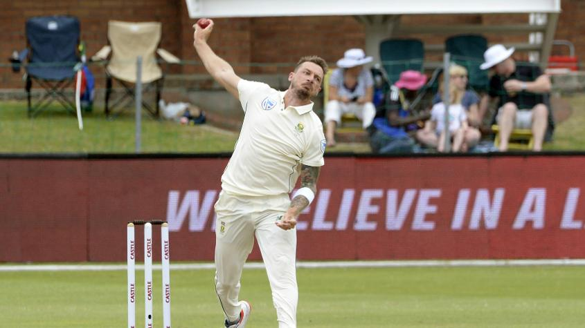 Steyn was taken for three boundaries in an over by Mendis
