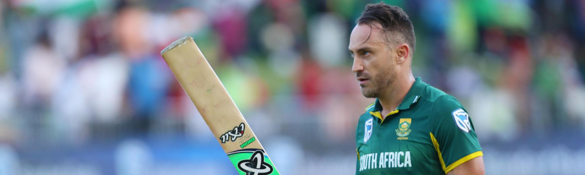 Faf du Plessis scored 120 from 112 balls against India in Durban before fracturing his finger