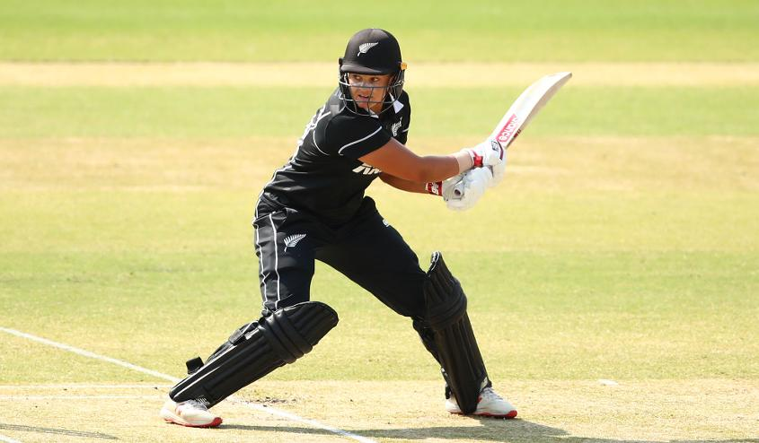 Suzie Bates continues to be the top-ranked batter in women's T20 internationals