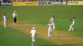 CWC Greatest Moments - Gatting's fatal reverse sweep in 1987